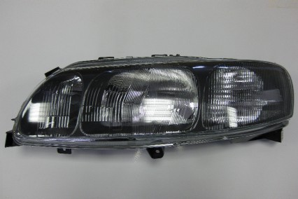 volvo v70 xc70 2001 2004 l h headlamp rhd. Black Bedroom Furniture Sets. Home Design Ideas